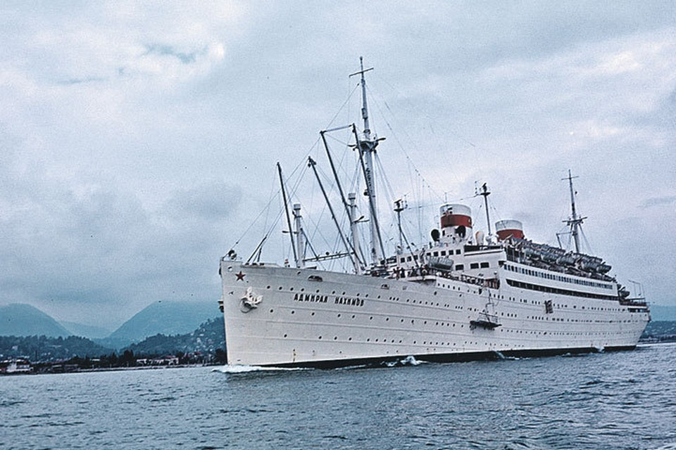 «Адмирал Нахимов» незадолго до катастрофы...