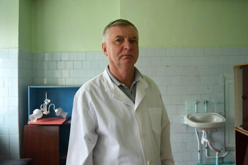 Олег Баскаков - единственный практикующий гинеколог на всю Новую Лялю. Фото: Иван Жилин/Новая газета