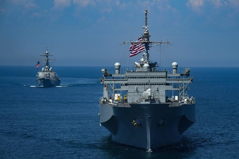 Китай запретил военному кораблю США заходить в порт Циндао