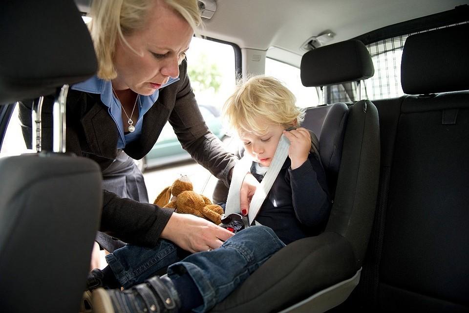 В каждом восьмом ДТП с участием детей фиксируется отсутствие автокресла в салоне машины.