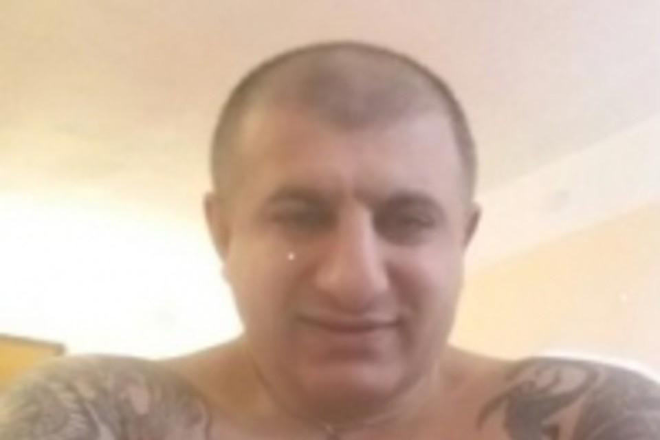 На Северном Кавказе разыскивают криминального авторитета на элитном авто