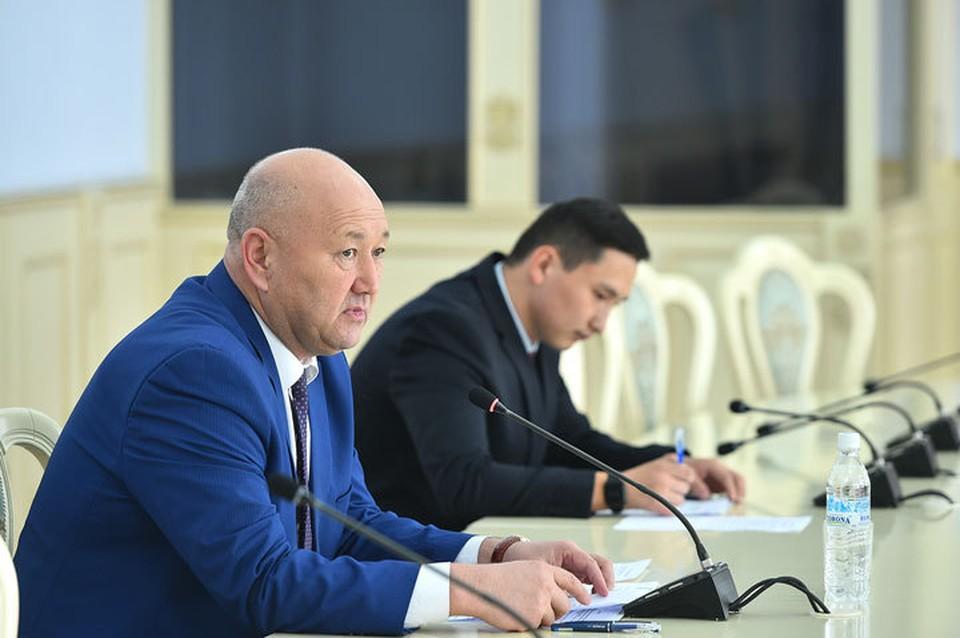 Разаков поручил проработать вопрос создания специализированного модуля ЕРПП, который позволит предоставлять ГСФР необходимые сведения.