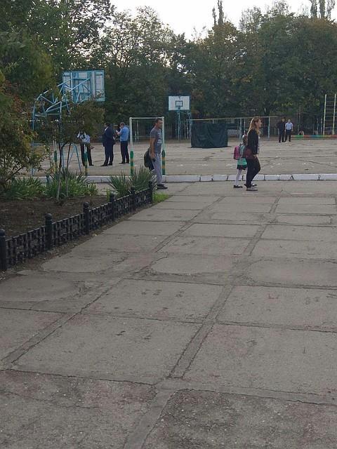 Срочно! В Тирасполе из пистолета на школьной спортплощадке на глазах у детей убили физкультурника