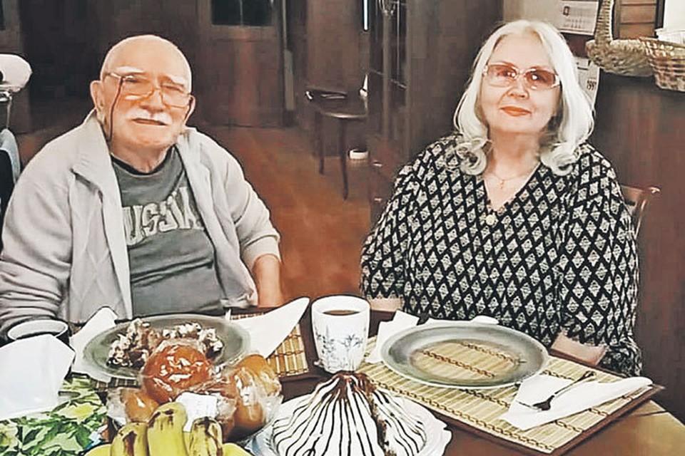 3 октября Армену Джигарханяну исполнится 84 года. Татьяна Власова моложе Джигарханяна на 8 лет. Фото: instagram.com/s_jigro