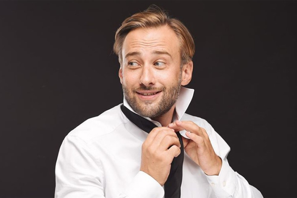 Дмитрий рассказал, что на следующей неделе ведет свою любимую женщину в театр. Фото: Инстаграм.