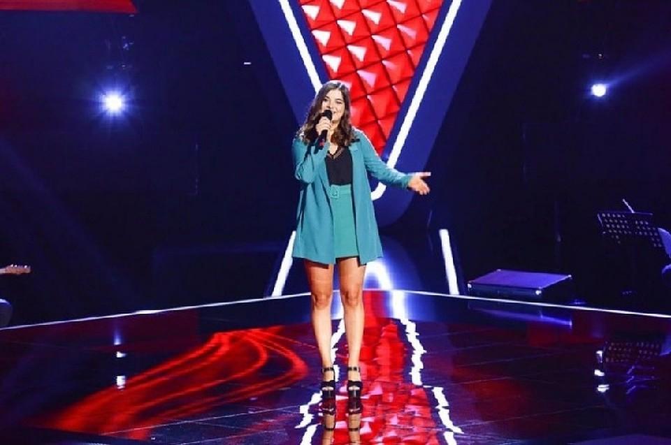 Чуть не провалилась: Молдаванка на песенном конкурсе в Румынии попыталась перепеть Lady Gaga