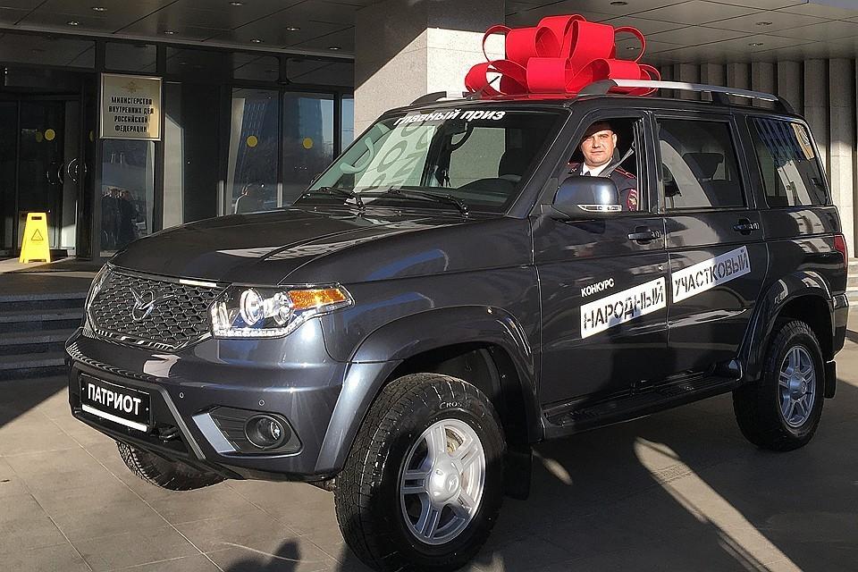 """В прошлом году """"Народным участковым"""" стал брянский полицейский."""