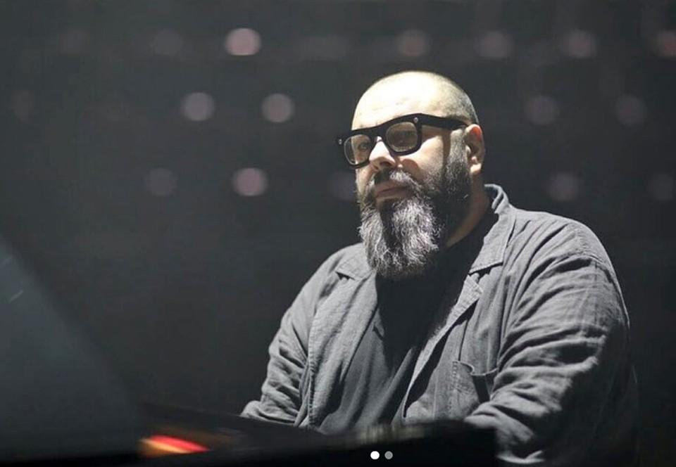 В возрасте 38 лет музыкант Максим Фадеев потерял способность слышать.