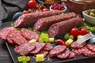 Чтобы бутерброд был правильный: сибирская компания выпустила в продажу нарезанную колбасу премиального качества