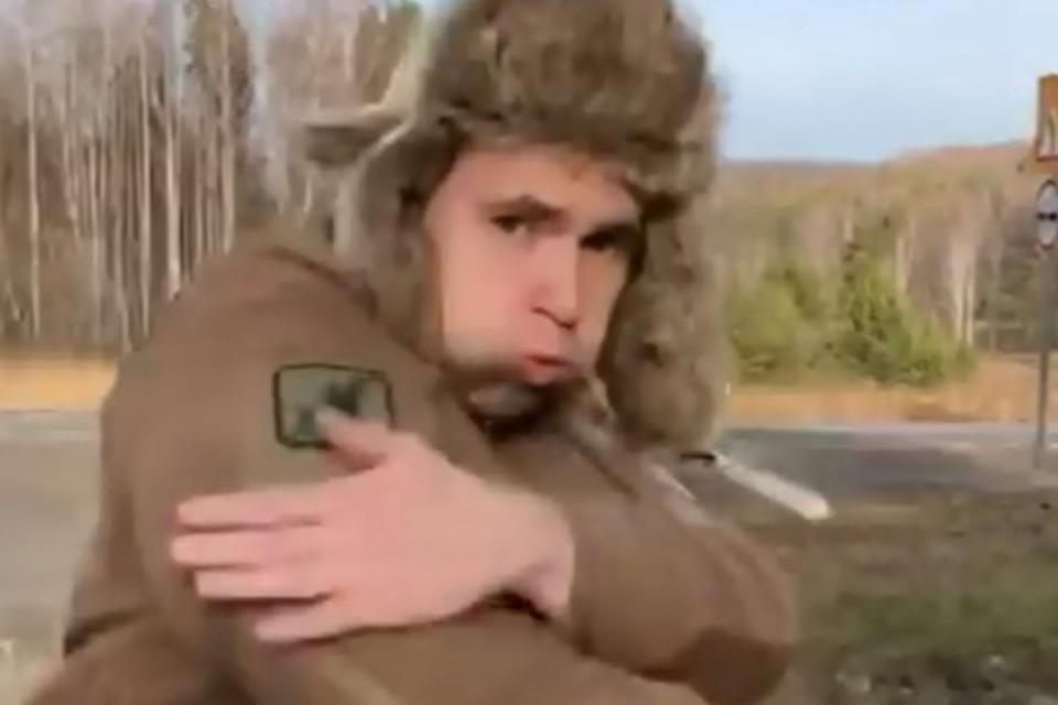 """""""Синтоловый качок"""" пешком идет в Сибирь, чтобы избить местного фрика"""