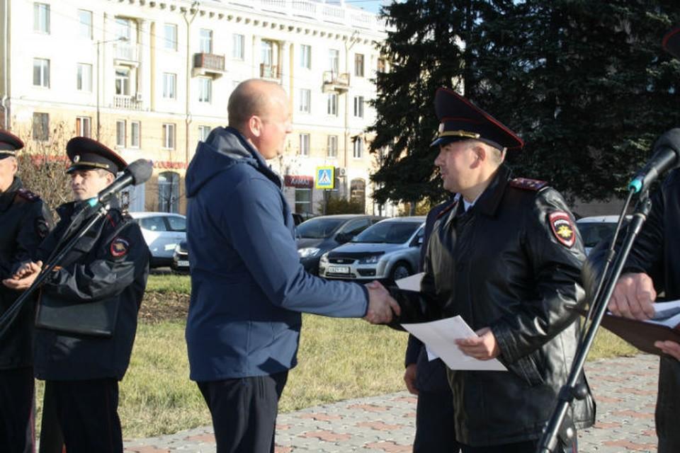 Награда нашла своих героев: пять жителей Иркутской области получили выплаты за помощь полиции