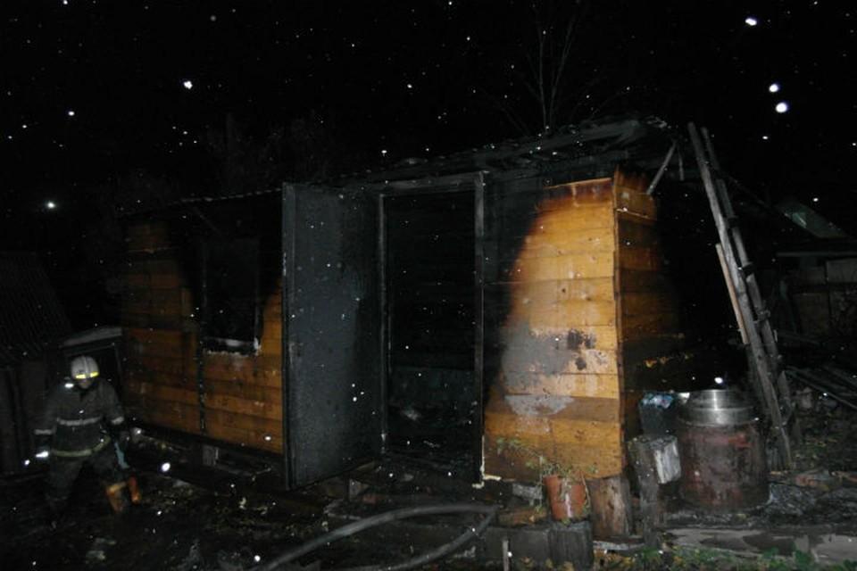 В огне пожара погибли три человека Фото: ГУ МЧС по Красноярскому краю