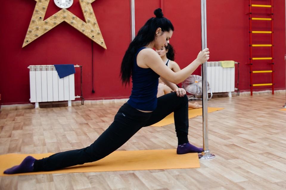 Ксения увлекается танцами на пилоне шесть лет. Фото героя публикации.