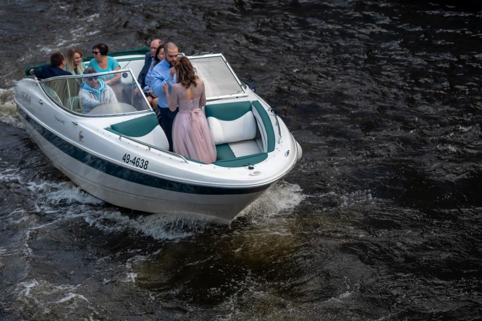 Навигация на водоемах Ленобласти закроется 1 ноября.