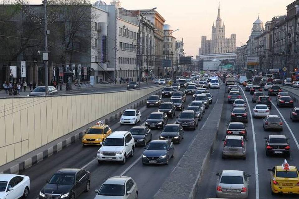 Система поощрения аккуратного стиля вождения может заработать в тестовом режиме в 2020 году. Фото: Вячеслав Прокофьев/ТАСС