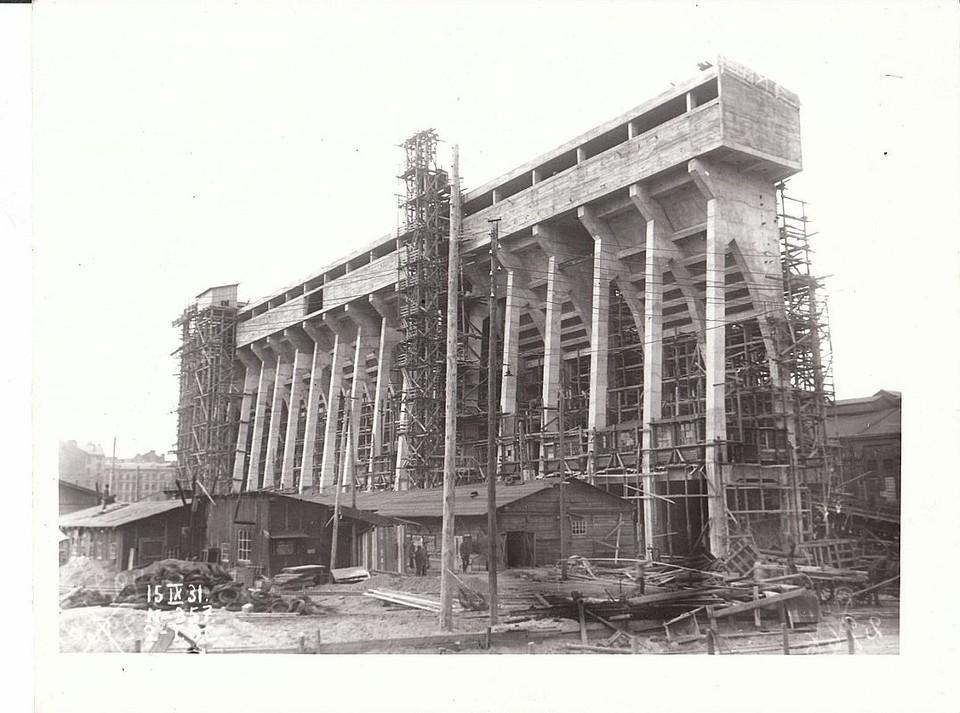 Строительство новой очереди Центральной ТЭЦ Санкт-Петербурга, 15 сентября 1931 года. Фото: Музей истории Энергетики
