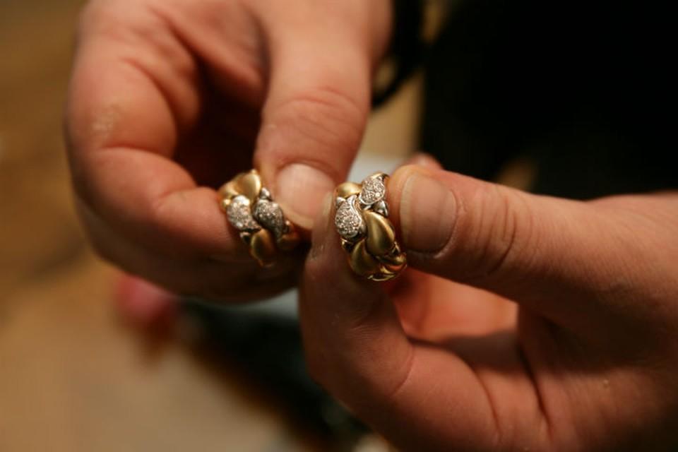 Стоимость украденных колец – 10 тысяч рублей