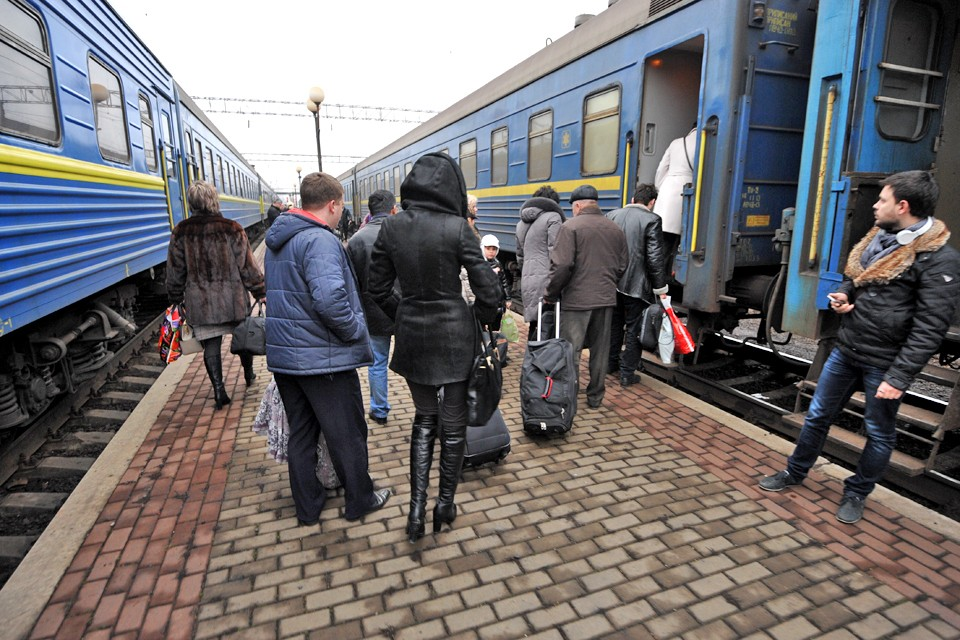 Граждане Украины продолжают покидать страну, чтобы зарабатывать на жизнь за рубежом