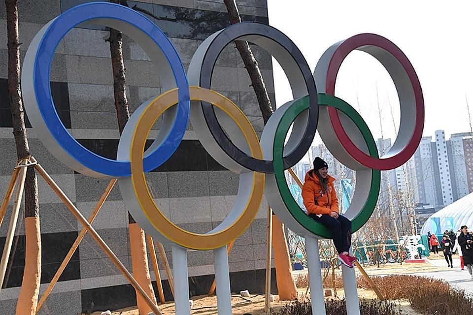 Первым пунктом МОК осудил любые манипуляции с допингом, назвав их оскорблением спортивного движения во всем мире