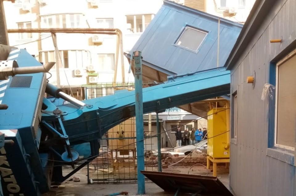 Происшествие случилось в переулке Братском. Фото: ГУ МЧС России по РО.