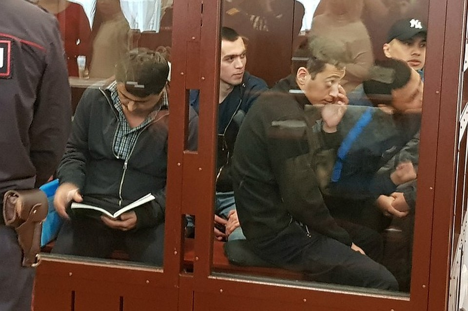 Обвиняемым в теракте в метро в Петербурге вынесут приговор 10 декабря 2019 года.