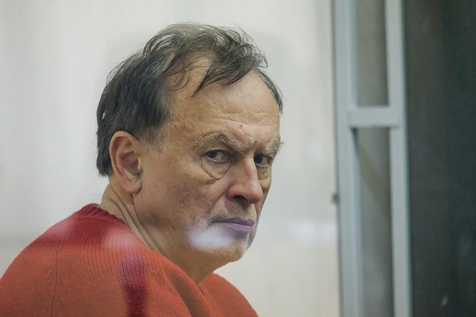Олег Соколов взялся за написание книги-исповеди.