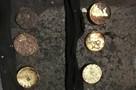 Шел, шел, и клад нашел: пенсионер на Колыме обнаружил золото в носках почти на 9,5 миллиона рублей