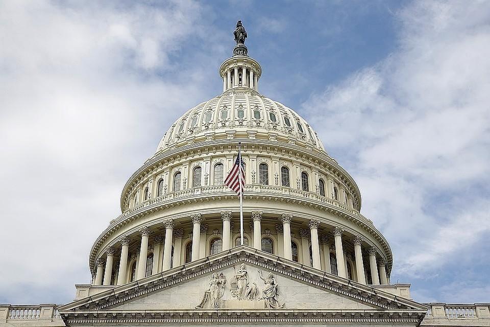 Сената США одобрил оборонный бюджет с санкциями против «Северного потока - 2»