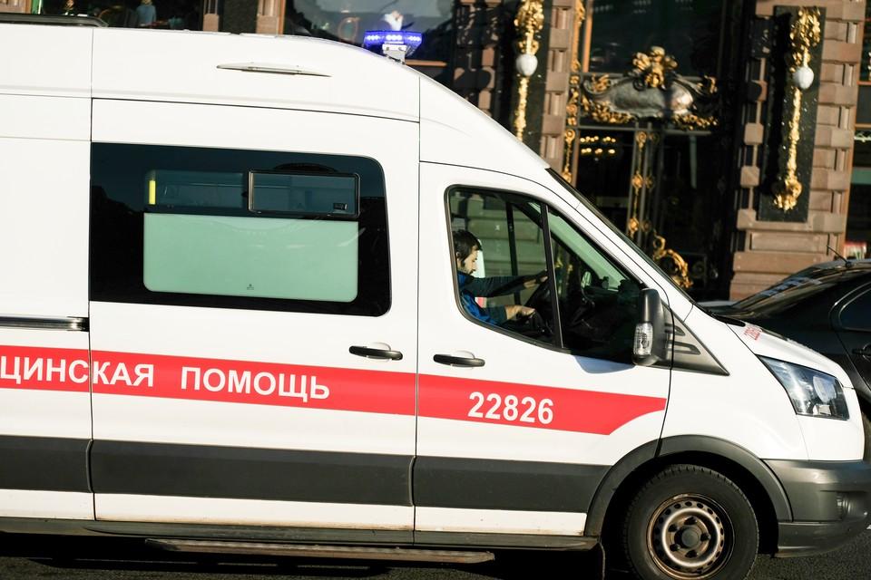 В деревне Гарболово девять школьников отравились неизвестным веществом в конфетах