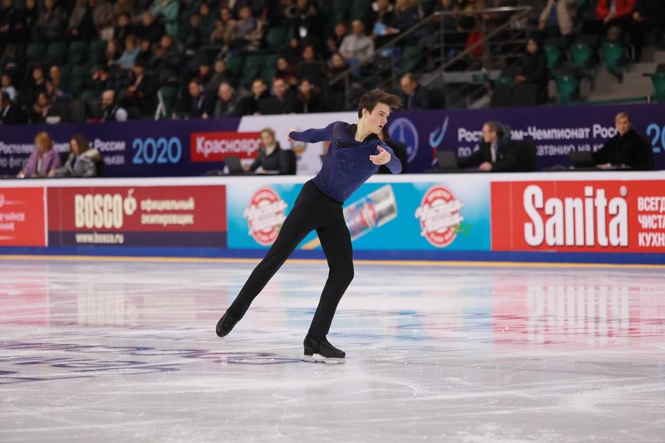 Макар Игнатов занял первое место по итогам исполнения короткой программы