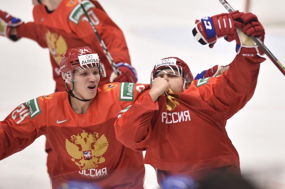Шведской команде не понравился жест нашего хоккеиста Хованова.