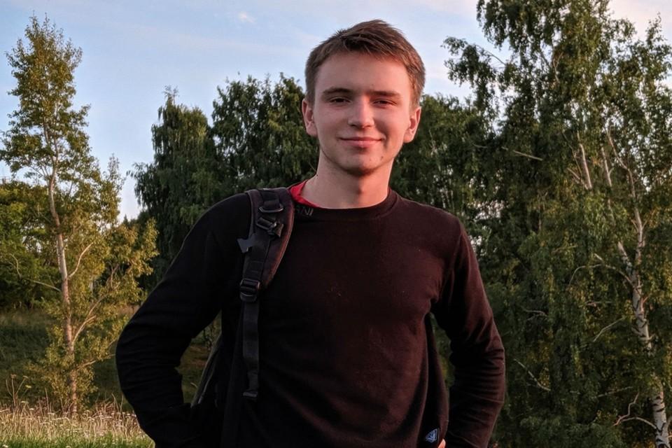 «Убили накануне дня рождения»: В Павлове зарезали 18-летнего парня, вступившегося за женщину.