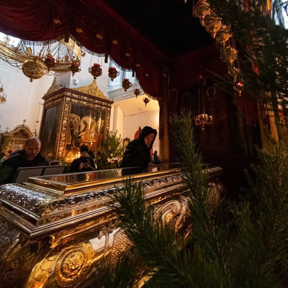 Фото: Instagram Михаила Ведерникова. Глава региона сопроводил свое поздравление фотографиями из Троицкого собора.