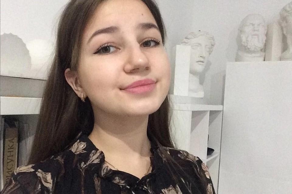 16-летняя Елизавета Шестова получила награду за то, что спасла детей, провалившихся под лед. Фото: предоставлено героем публикации.