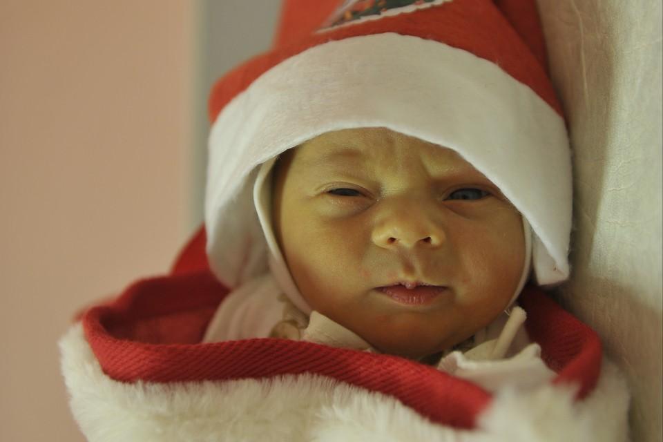 """Больше всего малышей """"новогодних"""" малышей родилось в областном перинатальном центре"""