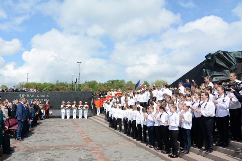 В ДНР уделяют особое внимание патриотическому воспитанию детей. Фото: https://dan-news.info/