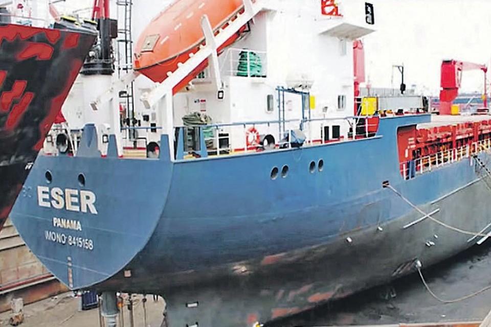 Умер один из моряков, задержанных в Кабо-Вер