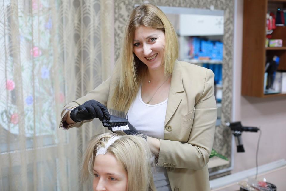 Расскажем, как получить хорошую, недорогую стрижку и не испортить волосы в салоне