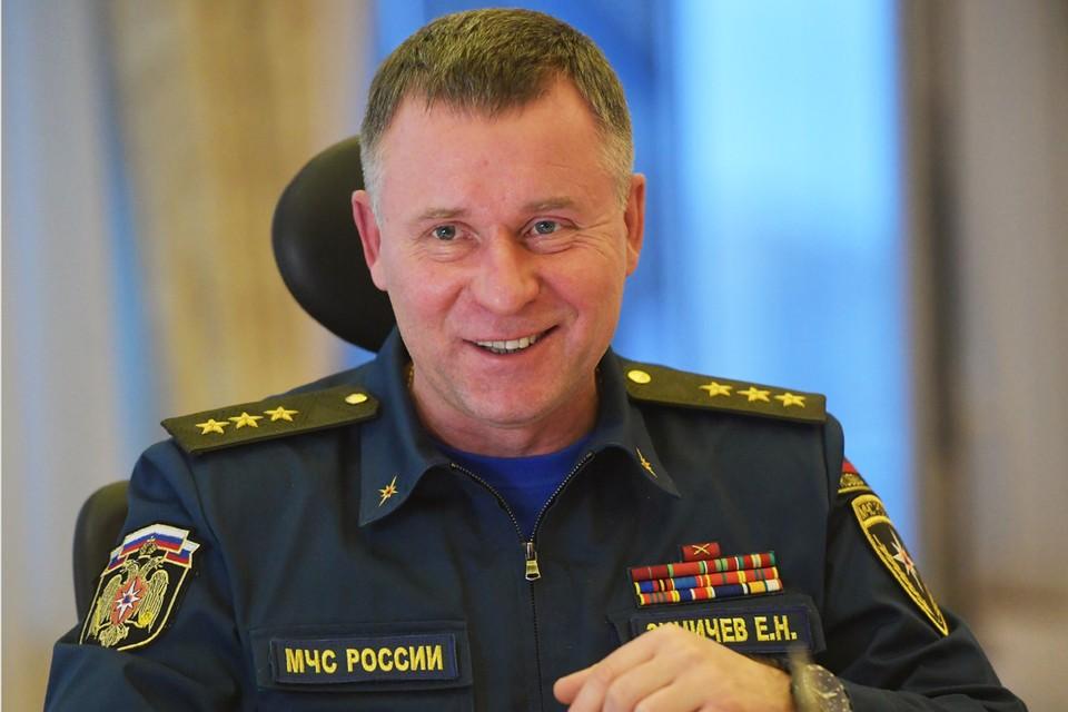 Одним из тех, кто сохранил пост в новом кабинете министров стал генерал-полковник Евгений Зиничев.