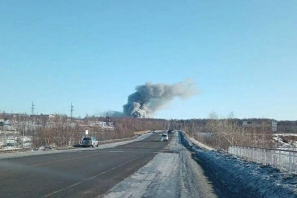 Пугающий столб дыма попал в кадр в Хабаровском крае