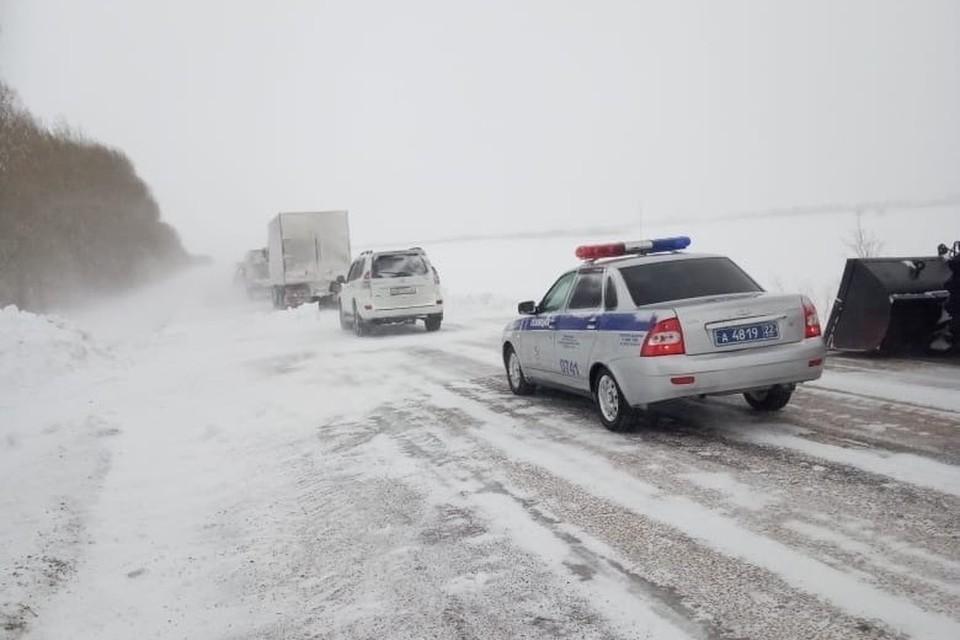 Метель на трассе. Фото: министерство транспорта Алтайского края