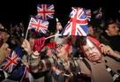 Нарядили лошадь и порвали два флага: как Великобритания праздновала выход из ЕС