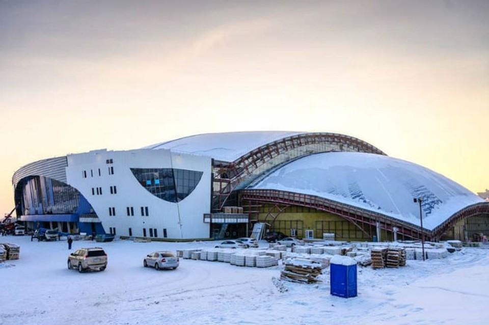 "Ледовый дворец ""Байкал"" почти готов. Фото: Татьяна ГЛЮК"