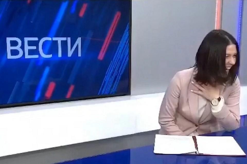 Александра Новикова продолжает работать