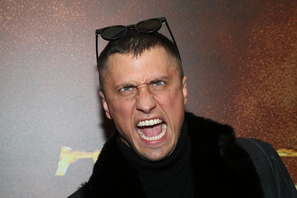 Павел Прилучный теперь должен оплатить штраф.