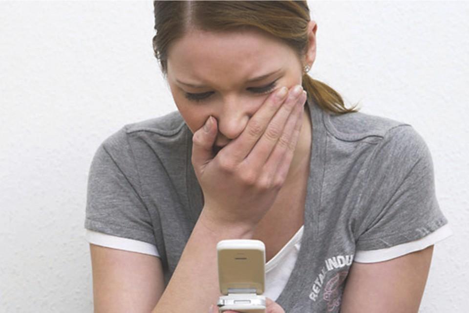 """Родители устали предупреждать детей: не """"сидите"""" в телефонах, тупыми станете. А они не верят - """"сидят и сидят""""."""