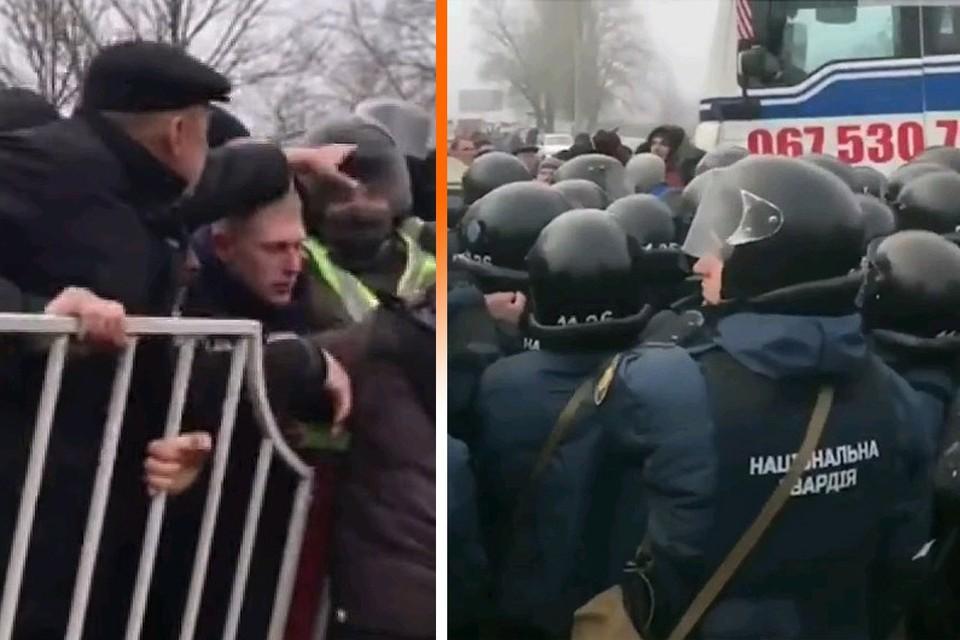 Сотни жителей поселка Новые Санжары перекрыли дорогу, чтобы не пустить своих же соотечественников в карантинное медучреждение. Для умиротворения толпы потребовались силы нацгвардии Украины.