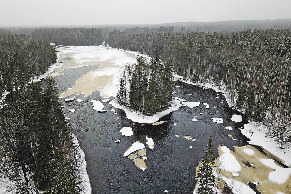 Экспедиция «Комсомолки» устроила экстремальный пробег по Карелии.