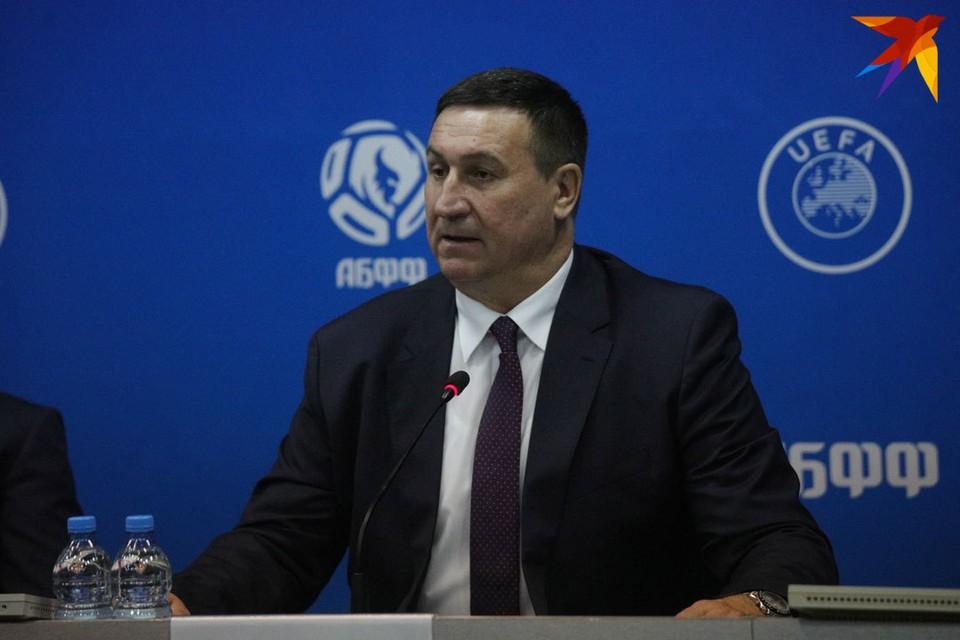 Владимир Базанов рассказал о ситуации с коронавирусом в контексте матча Грузия - Беларусь.