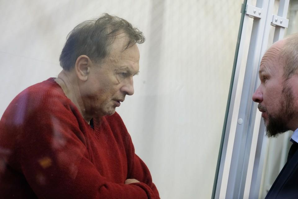 Олег Соколов признает вину в убийстве Анастасии Ещенко и готов выплатить компенсацию ее родным.